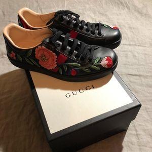 Men's Floral Gucci Shoe